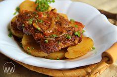 V kuchyni vždy otevřeno ...: Krkovice pečená na bramborech