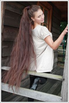 super long ponytail Learn How To Grow Luscious Long Sexy Hair… Long Hair Tips, Grow Long Hair, Very Long Hair, Long Ponytail Hairstyles, Long Hair Ponytail, Beautiful Long Hair, Gorgeous Hair, Hair Pictures, Great Hair