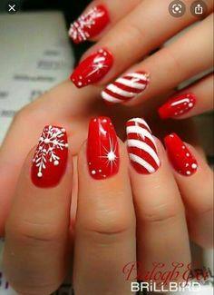 Xmas Nail Art, Cute Christmas Nails, Valentine Nail Art, Holiday Nail Art, Xmas Nails, Christmas Nail Art Designs, Cool Nail Art, Red Nails, Christmas Design