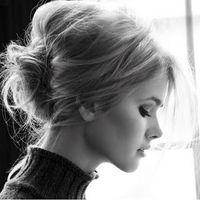 パリジェンヌに学ぶ。ラフなまとめ髪でエフォートレスな雰囲気をgetせよ!