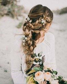 For our romantic loverlies, this waterfall braid is everything! We especially love the flower details! Regram via @hairandmakeupbysteph  #hairinspo #romantic #braid