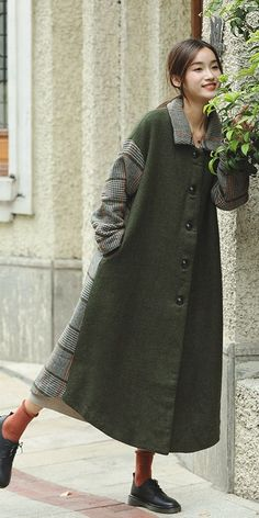 05aa4f0547b Green Wool Loose Single Breasted Winter Coat Women Clothes W1901A. See  more. Se llevan los cuadros Classy Outfits