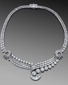 Round and Baguette Diamond Swirl Necklace, circa Fred Leighton Bijoux Art Deco, Art Deco Jewelry, Pearl Jewelry, Diamond Jewelry, Antique Jewelry, Jewelry Box, Vintage Jewelry, Jewelry Accessories, Jewelry Necklaces