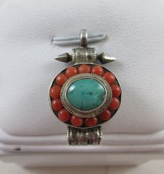 VINTAGE STERLING SILVER NAVAJO HANDMADE TURQUOISE & CORAL PENDANT