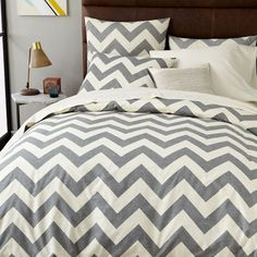 Inspired by our best selling Zigzag Window Curtain, the Ziggy Duvet Cover's graphic chevron pattern offers a fresh update on classic stripes.