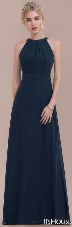 Be glamorous in this dark navy bridesmaid dress suitable for every wedding venue. Its sleeveless style features elegant pleated bodice, high scoop neckline, flattering chiffon waistband and flowy floor length skirt. Elegant Dresses, Pretty Dresses, Beautiful Dresses, Navy Bridesmaid Dresses, Prom Dresses, Formal Dresses, Wedding Bridesmaids, Long Dress Formal, Wedding Dresses