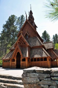 a-norwegian-church.jpg 1,424×2,144 pixels