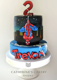 Spiderman Cake Ideas for Little Super Heroes - Novelty Birthday Cakes Fondant Cupcakes, Fun Cupcakes, Cupcake Cakes, Spiderman Birthday Cake, Superhero Cake, Novelty Birthday Cakes, Novelty Cakes, Cake Designs For Kids, Marvel Cake