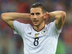 Schalke 04 'to offer Liverpool target Leon Goretzka new club-record deal'