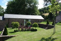 Beautiful grounds and gardens, with direct access in to the Black Mountains.