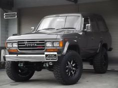 Toyota Land Cruiser 60 60 VX high roof diesel turbo used car image… Toyota Lc200, Toyota Trucks, Toyota Hilux, 4x4 Trucks, Cool Trucks, Toyota Cruiser, Fj Cruiser, Carros Toyota, Expedition Vehicle