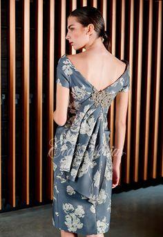 Vestidos de fiesta y madrina de la firma Patricia Avendaño colección 2017 Modelo 3079 en exclusiva en Madrid para Eva Novias calle Goya, 84 Tel: 914359458
