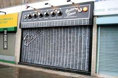 Clever Guitar Shop