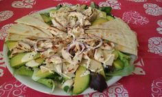 Avocado salad with piadina bread