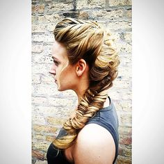 Romantic French Fishtail by Hollibeauty #weddinghair #chicagowedding #stylemepretty #weddinghairstyles #braidstyles