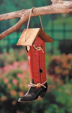 Tutorial~ cowboy boot birdhouse~great gift for a cowboy/cowgirl!