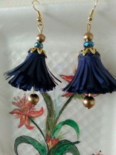 Hanging flowers quilled earings for casual wear