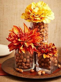 Acorn Centerpieces and Eco Accents, Fall Crafts and Thanksgiving Decorating Ideas - deko xmas - Acorn decorations, artworks, and crafts are a fabulous way to enjoy the fall season Best Picture Fo - Fall Table Centerpieces, Thanksgiving Centerpieces, Centerpiece Ideas, Fall Home Decor, Autumn Home, Acorn Decorations, Thanksgiving Diy, Fall Arrangements, Arte Floral
