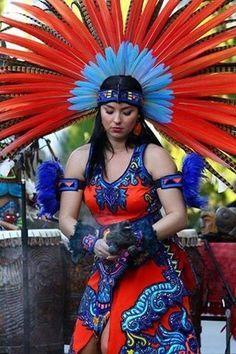 aztec women danzantes