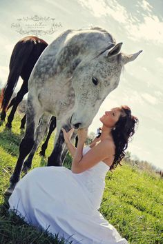 I'm in love with this...tried this for prom and my barrel horse was scared of my big poofy dress... epic fail!