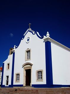 Portuguese blue in this church in Ericeira - Portugal
