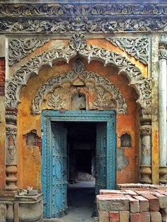 Lucknow (India) is a city seeped deep into history and a walk in the old quarters of the city can reveal secrets which can surprise even someone who lives in the city.
