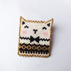 Petit chat en brick stitch, so kawaï :) Photo from rose_moustache