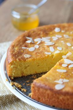 Cake nature fast and easy - Clean Eating Snacks Dutch Recipes, Sweet Recipes, Baking Recipes, Cake Recipes, Pie Cake, No Bake Cake, Sweet Pie, Happy Foods, Almond Cakes