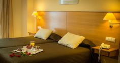 Habitación doble Hotel ATH Al-Medina Wellness 4 estrellas en Medina-Sidonia, Cádiz, España.