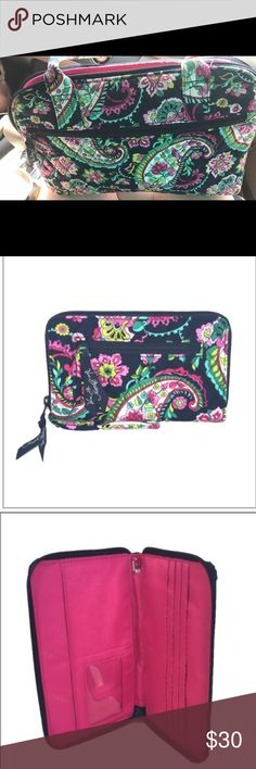 Vera Bradley purse & wallet Petal paisley print. No tears of stains Vera Bradley Bags Wallets