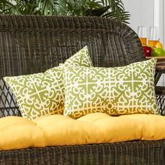 Greendale Home Fashions Indoor/Outdoor Lumbar Pillow Cover & Insert Color: Grass Throw Pillow Sets, Toss Pillows, Accent Pillows, Lumbar Pillow, Pillow Covers, Patio Pillows, Decor Pillows, Outdoor Throw Pillows, Decorative Pillows