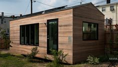 Since it's debut in the Minim tiny house has become one of the most iconic tiny homes in the U. Designed by Foundry Architects and Brian Levy, the Minim tiny house is the only micro house to win 3 American Institute of Architects design awards. Tiny House Swoon, Modern Tiny House, Tiny House Plans, Tiny House On Wheels, Tiny House Design, Tiny House Movement, Microhouse, Off Grid House, Casas Containers