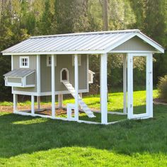 A fan favorite! This chicken coop has it all -- an incredibly well thought-through design and a huge run for happy hens.