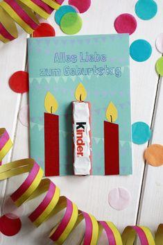 Geburtstagskarte basteln: Idee für eine kreative Geburtstagskarte. Vorlage bzw. Freebie gibt es zum Ausdrucken. So dauert das Geburtstag Karte basteln nur wenige Minuten.