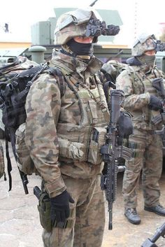 Polish Army Special Forces soldiers AGAT