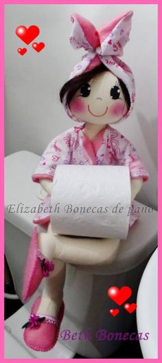 КУКЛЫ-ДЕРЖАТЕЛИ ТУАЛЕТНОЙ БУМАГИ: prelenka — LiveJournal Diy Doll Toilet, Doll Patterns, Sewing Patterns, Fabric Basket Tutorial, Ever After Dolls, Paper Roll Holders, Vintage Kitchen Decor, Fabric Dolls, Doll Face