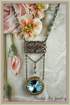 Beadwoven Beaded Beadwoven Aqua Rivoli Crystal par beadedartjewelry, $45,00