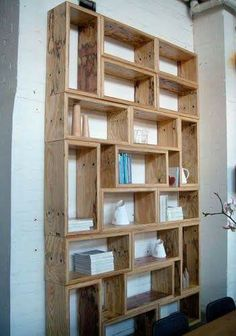 Interesting mix of horizontal and vertical shelves. This set of shelves has a very geometric, and therefore contemporary, vibe. -- I'm cheating on fashion with furniture.Miss Kitty-Cat Goes to Town(Mix Wood Shelves) Timber Furniture, Pallet Furniture, Dvd Storage, Storage Ideas, Wall Storage, Bookcase Storage, Storage Boxes, Creation Deco, Ideias Diy