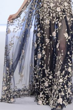 RALPH AND RUSSO HAUTE COUTURE SPRING 2016 COLLECTION PARIS FASHION WEEK