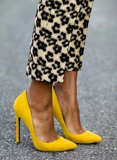 Beautiful golden yellow heels!