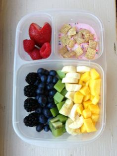 Rainbow fruit salad! Blackberries, blueberries, kiwi, banana, mango, strawberries/raspberries, yogurt with chex and rainbow nonpareils. #foodforharper #bento