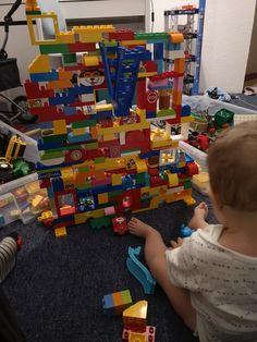 Die schönste Zeit ist die Spielzeit mit LEGOⓇ DUPLOⓇ! Teilnehmer vom Gewinnspiel LEGOⓇ DUPLOⓇ und Echte Mamas Lego Duplo, Nerf, Social Behavior, Games, Nice Asses, Kids, Lego Duplo Table