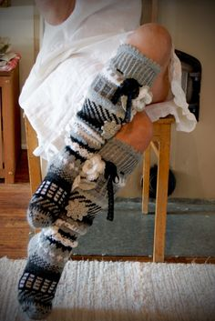 Ankortit Crochet Socks, Knit Crochet, Cold Feet, Cast Off, Thick Socks, Thigh High Socks, Boot Cuffs, New Hobbies, Betta