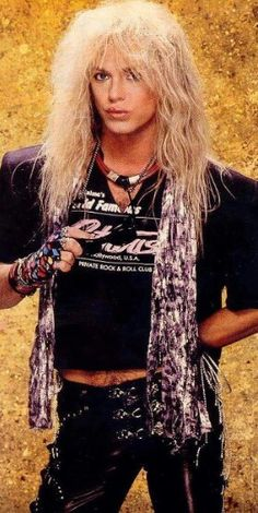 Bret Michaels of Poison Bret Michaels Poison, Bret Michaels Band, Hard Rock, 80s Hair Bands, High Hair, Rock Videos, Glam Metal, Picture Albums, Rock Music