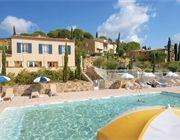 Residence Les Bastides de Grimaud, mooie aanbieding kijk op www.charmequality.nl  Heerlijk genieten van het leven in Frankrijk.