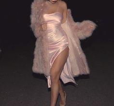 Image about fashion in Cute Outfits by Vanessa Couture Trendy Outfits, Cute Outfits, Fashion Outfits, Look Fashion, High Fashion, Pretty Dresses, Beautiful Dresses, Mode Kawaii, Modelos Fashion