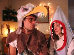 Jemaine Clement as JARROD (left) and Loren Horsley as LILY (right) in EAGLE VS. SHARK