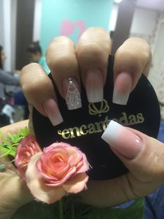 Trendy nails acrilico elegantes negras ideas You are in the right place about nail trendy lat Acrylic Nail Designs, Nail Art Designs, Acrylic Nails, Nails Now, Fun Nails, Green Nails, White Nails, Bridal Nails, Super Nails