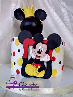Mickey Mouse Cake - cake by Radmila Mickey Birthday Cakes, Mickey Mouse Birthday Decorations, Mickey First Birthday, Rodeo Birthday, Mickey Mouse Birthday Cake, Fiesta Mickey Mouse, Mickey Mouse Cupcakes, Mickey Cakes, Mickey Mouse Parties