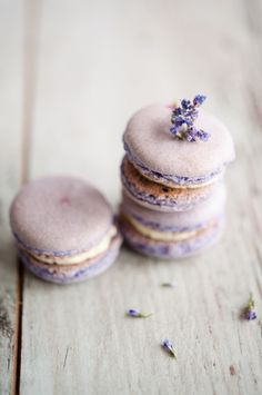Almost too pretty to eat: Lavender macarons! #babyshower #macarons